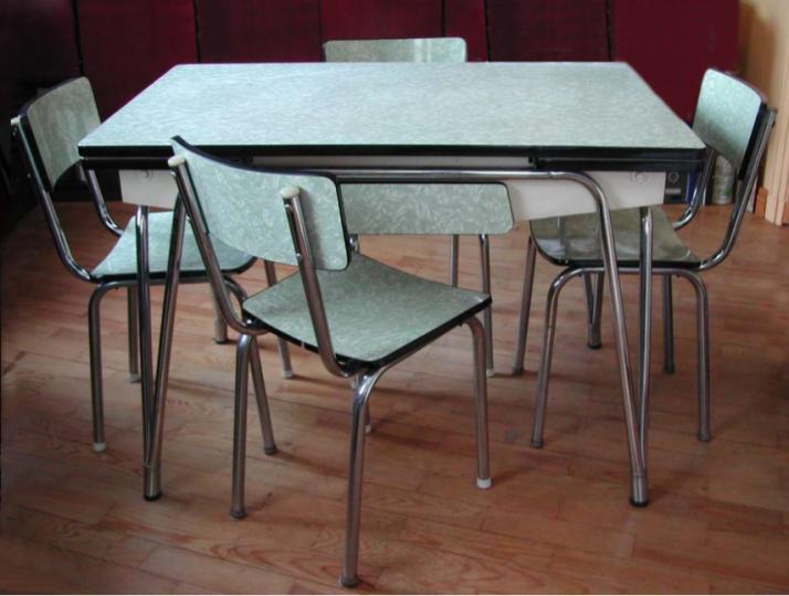 Table Et Chaises Formica Design Des Annees 50 Table Et Chaises Chaise Formica Cuisines Retro