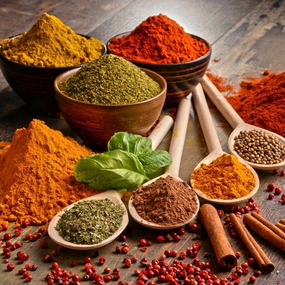 Cocinar con especias o cómo potenciar el sabor de tus platos con nada de grasas