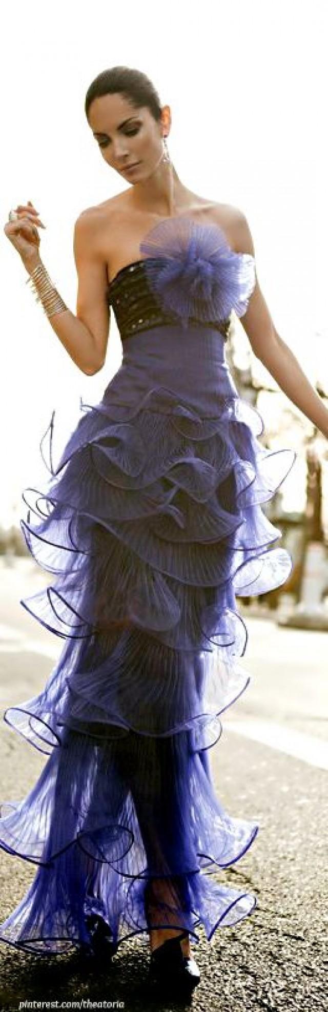 giorgio armani blue ruffled gown justinne stuff pinterest giorgio armani armani prive. Black Bedroom Furniture Sets. Home Design Ideas