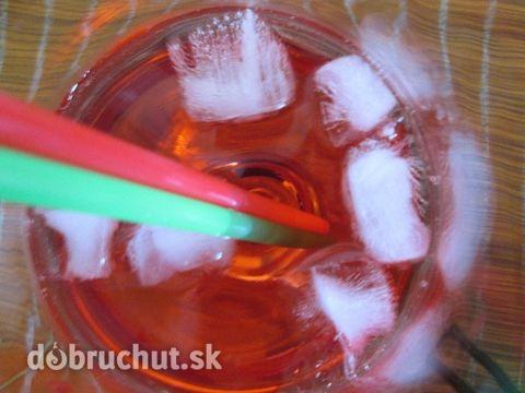 Fotorecept: Letný nealko kokteil - Red