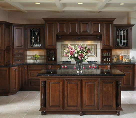 Western style kitchen cabinets kitchen cabinets with for Western kitchen cabinets