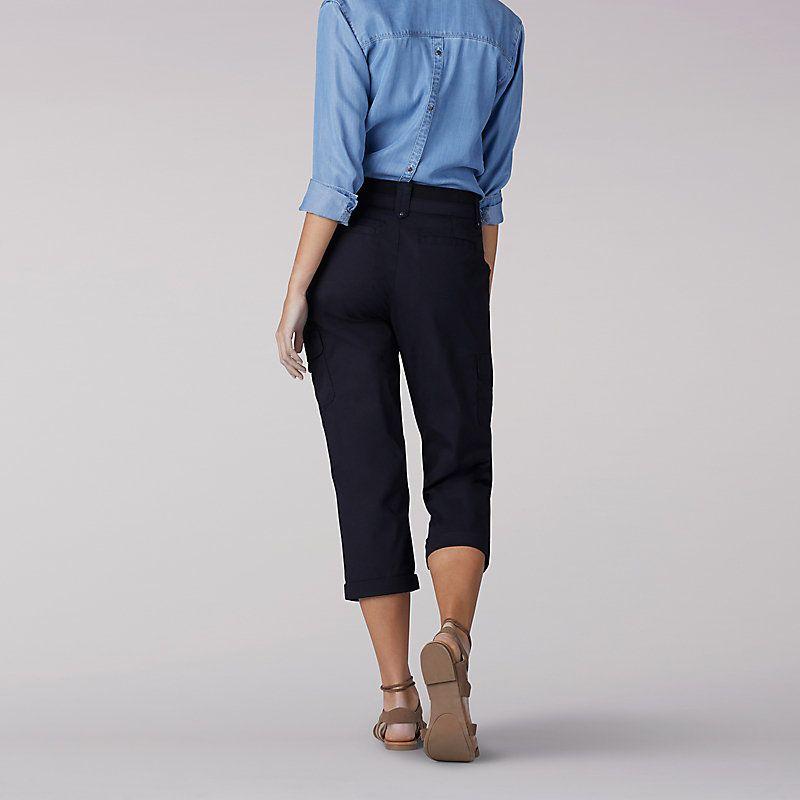 750ce436532b Lee Women s Relaxed Fit Nikki Cargo Capri Pants - Petite (Size 14 x ...