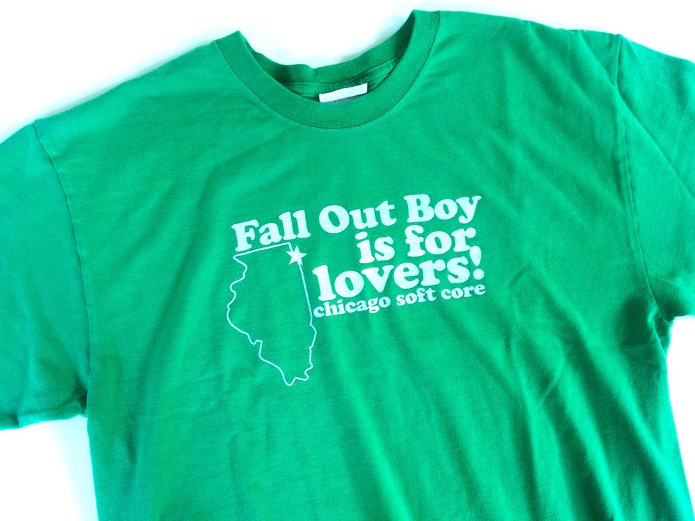 Men\'s M FALL OUT BOY is for lovers T Shirt Chicago Soft Core 50/50 ...
