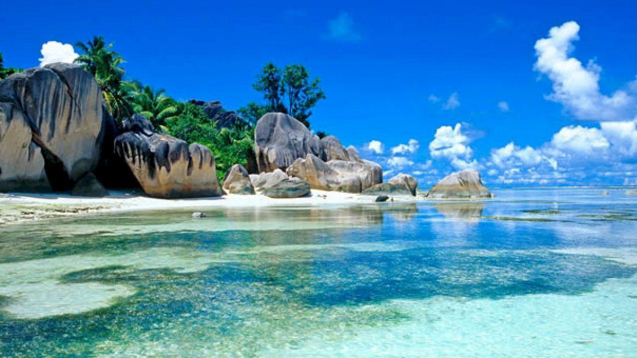 أين تقع جزر سيشل Beach Wallpaper Nature Ocean