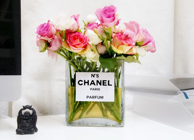 chanel perfume bottle flower vase 6.. or any perfume bottle! / fiori in una bottiglia di profumo