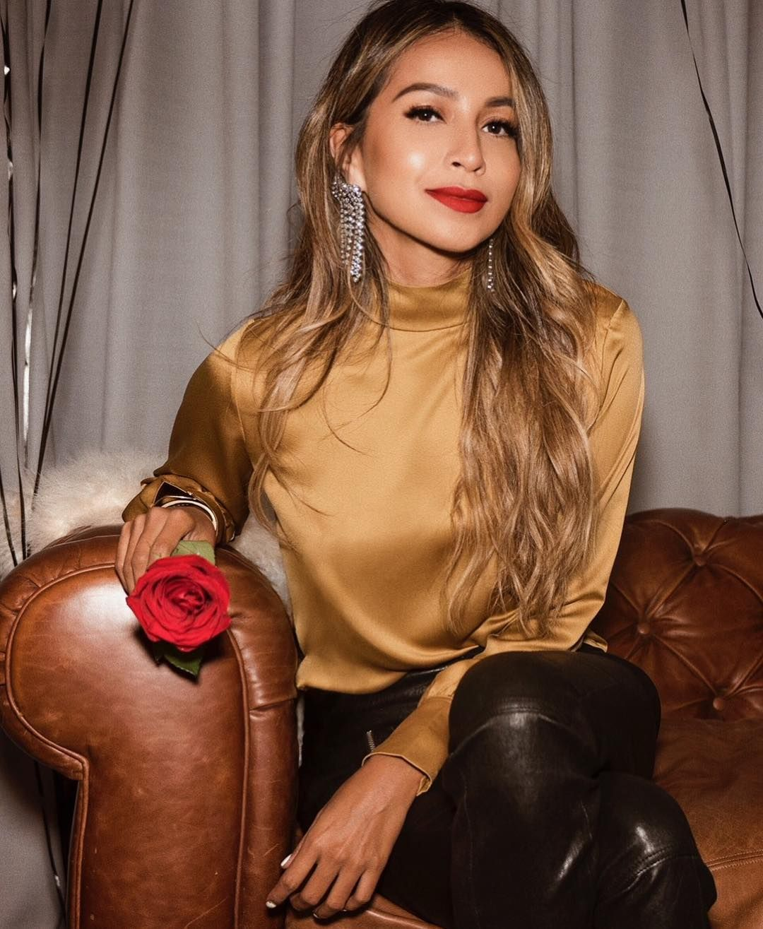 """Shop Sincerely Jules on Instagram  """"Stay golden in our Cara Blouse! ✨    shopsincerelyjules.com"""" 7f6e2f46c01d"""