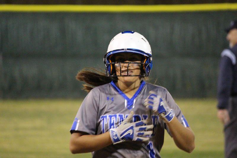 Tem Cat Softball Vs Waco Connally High School Baseball Football Helmets Baseball Equipment