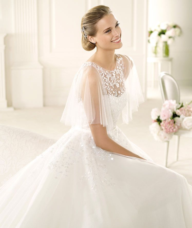 feb9ca52a4202 Bridesmaid Dresses, Wedding Dresses, Bridal - Pronovias Manuel Mota 2013  gelinlik modelleri (3)