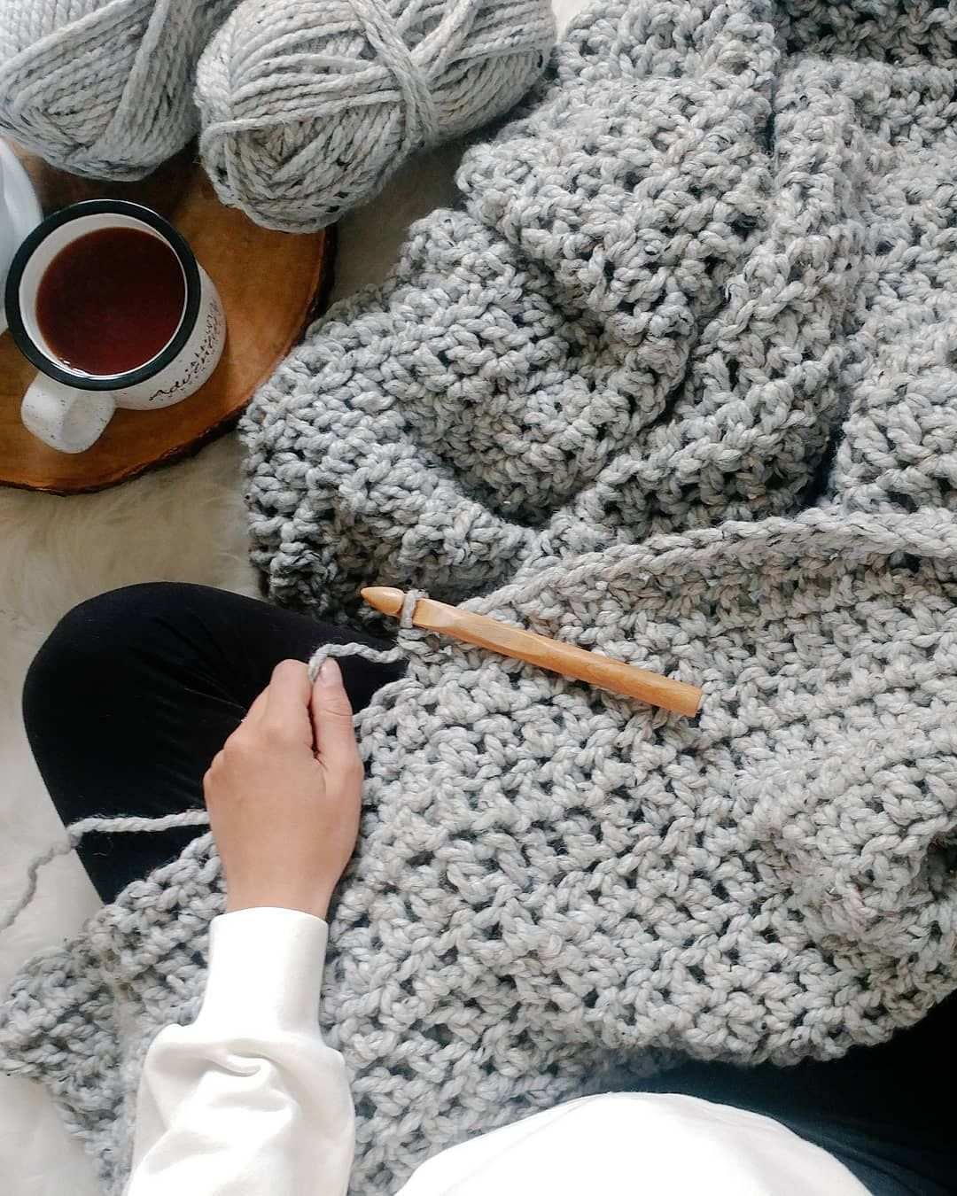 32 Beautiful Image Of Super Chunky Crochet Blanket Pattern Trendcrochets Com Crochet Blanket Pattern Easy Chunky Crochet Blanket Pattern Chunky Crochet Blanket Pattern Free