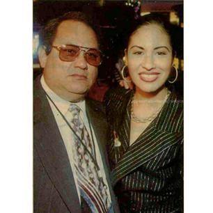 Selena Quintanilla Fan Page @selenaquintanilla_rarepics Instagram photos | Websta (Webstagram)
