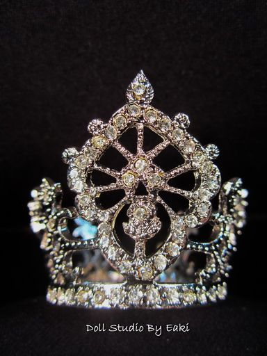 Handmade Diamond Platinum Crown Silver Tiara Barbie Fashion Royalty Silkstone FR