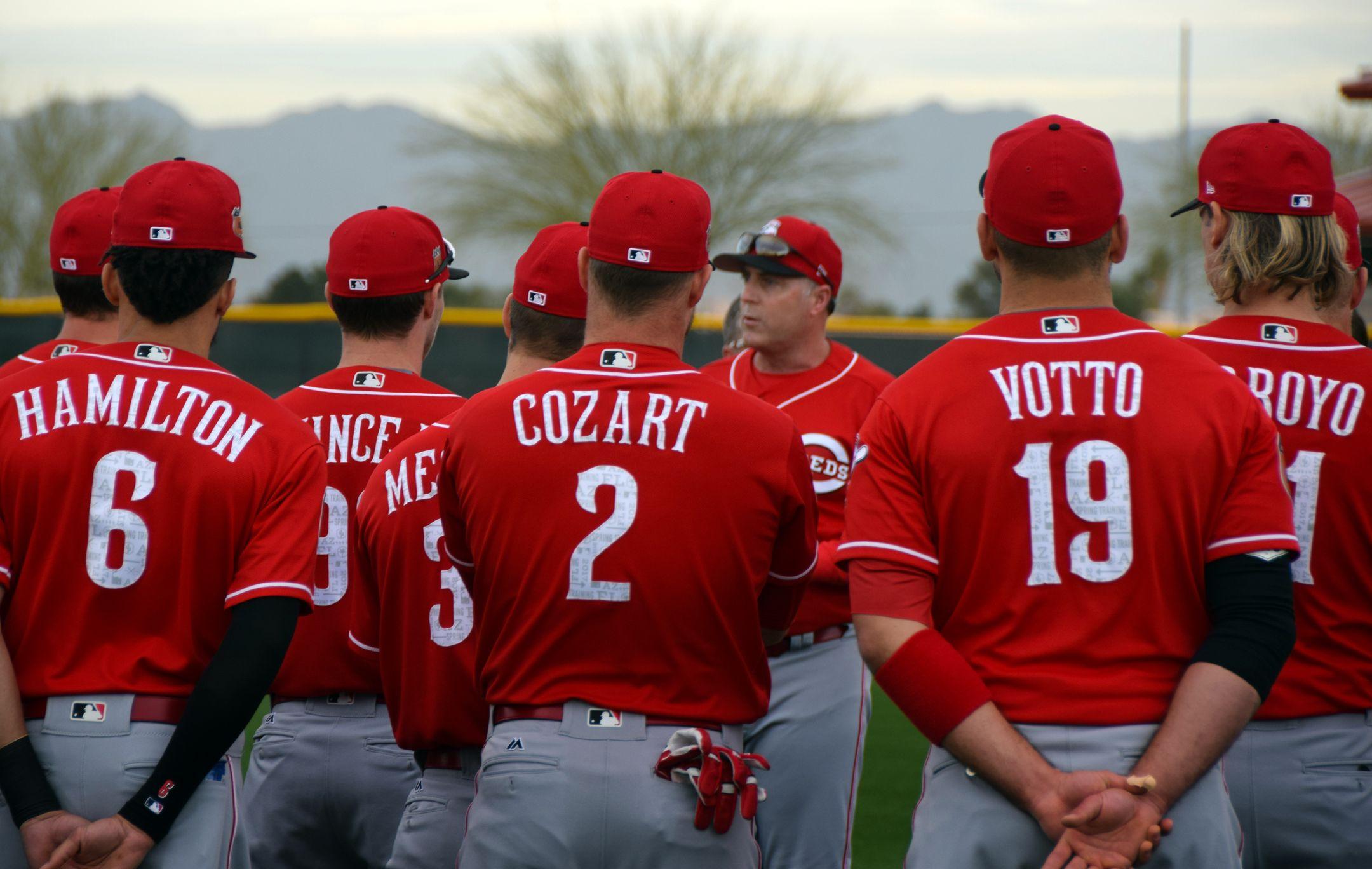 Team meeting (With images) Cincinnati reds baseball