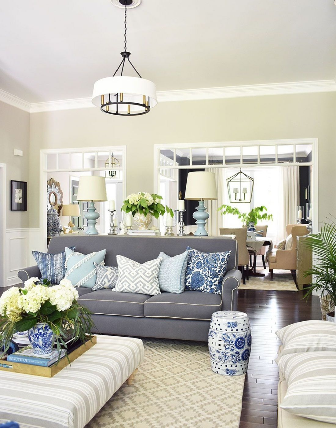 Choosing A Living Room Decor Theme: Helpful Tips That Can Be Followed To Choose A Living Room