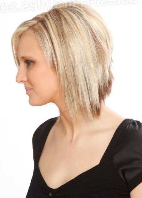 Razor Cut Hairstyles Alluring Soft Razor Cut Hair With Smooth Styling For Young Girlsthe Bangs