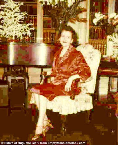 Never Before Seen Photos Of Copper Heiress Huguette Clark
