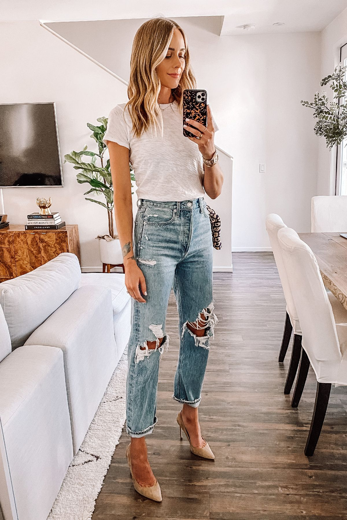 Photo of Ripped Jeans, Jeans and t-shirt, Easy outfit, heels and Jean