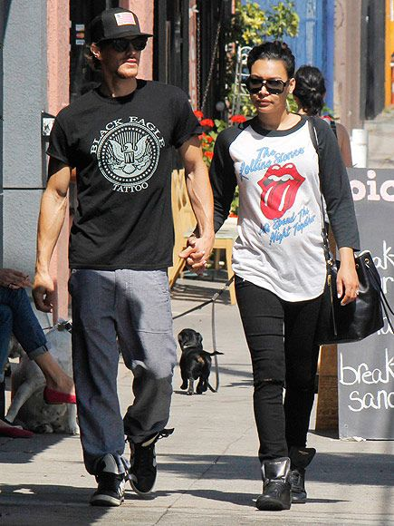 Star Tracks: Monday, March 30, 2015 | EATING FOR THREE | Expectant Glee actress Naya Rivera and her husband, Ryan Dorsey, enjoy a leisurely brunch on Sunday in Glendale, California.