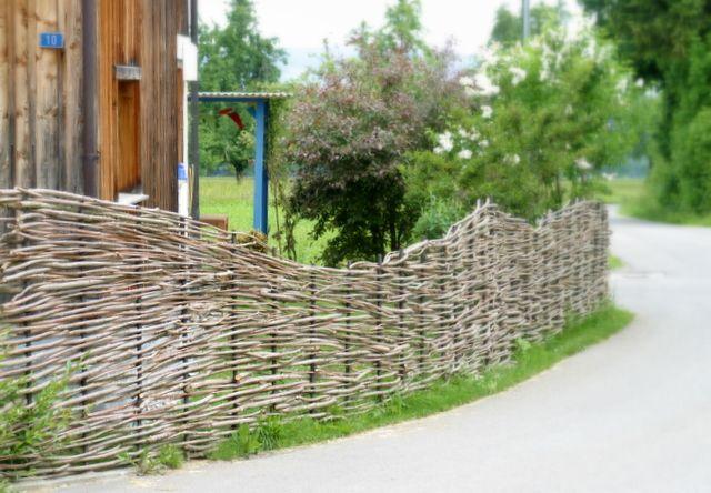 Flechtzaun Gartengestaltung Garten Ein Schweizer Garten
