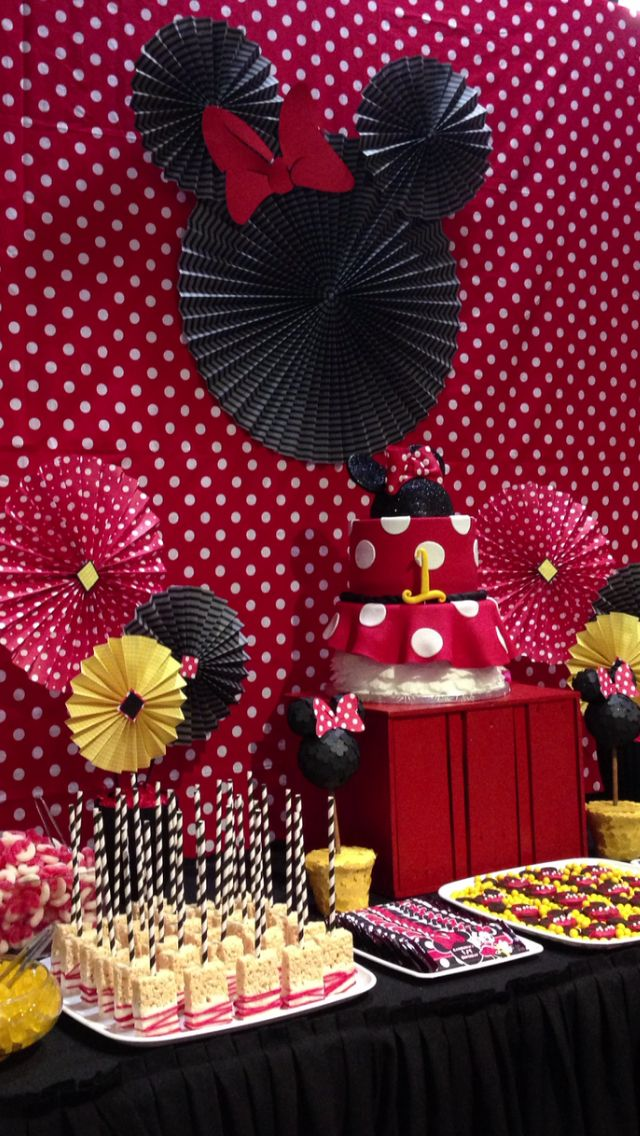 A Minnie Mouse First Birthday Decorations And Treats All Done By Me
