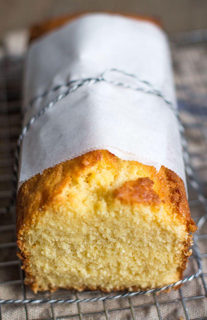 Het lijkt een gewone vanille cake, maar niets is minder waar. Deze cake heb ik gemaakt met gecondenseerde melk in de hoofdrol, vandaar dat het ook een gecondenseerde melk cake is. Ik had nog een blik staan, maar wilde eens iets anders maken dan dulce de leche. Na een avondje googlen was ik er uit...Lees Meer »