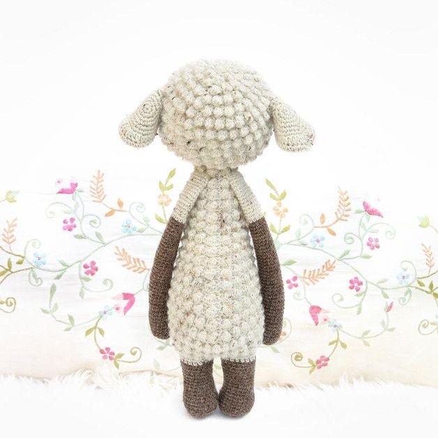 Oveja LUPO • lalylala patrón de crochet | lalylala | Pinterest | Crochet