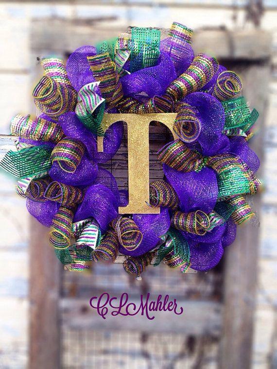 Deco Mesh Monogrammed Mardi Gras Wreath On Etsy 60 00 Mardi Gras Wreath Mardi Gras Crafts Mardi Gras Decorations