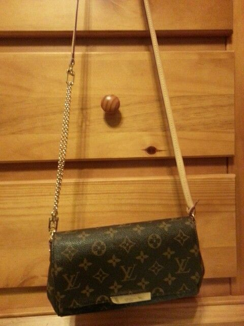 3f156223fde Louis Vuitton Favorite PM - attached leather strap to gold chain for ...