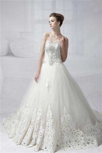エレガントに‥♡ビジューの白い花嫁衣装・ウェディングドレスまとめ一覧 ...