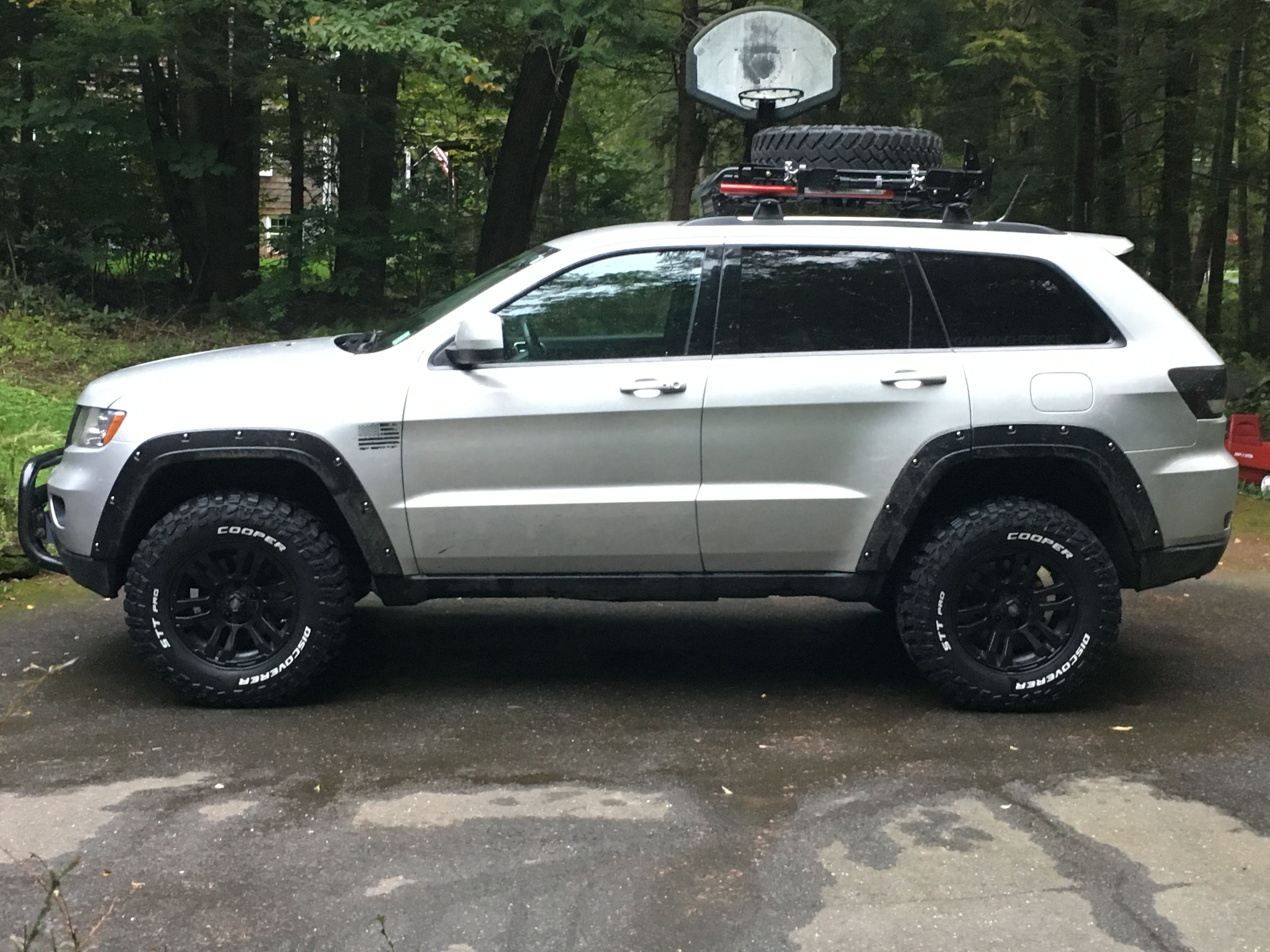 Lifted Jeep Srt8 >> 2013 grand Cherokee 2.5 lift 285/70/17 coopers | Grand cherokee | Pinterest | Cherokee, Jeeps ...