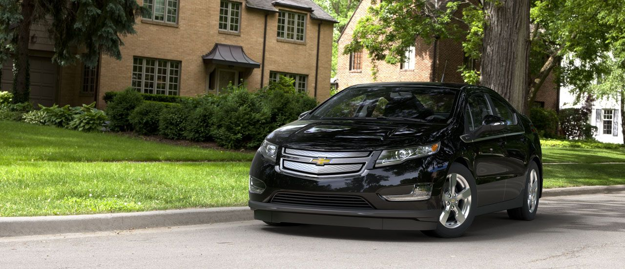 Electrify Ur Life With The New Chevy Volt Plug It In Say