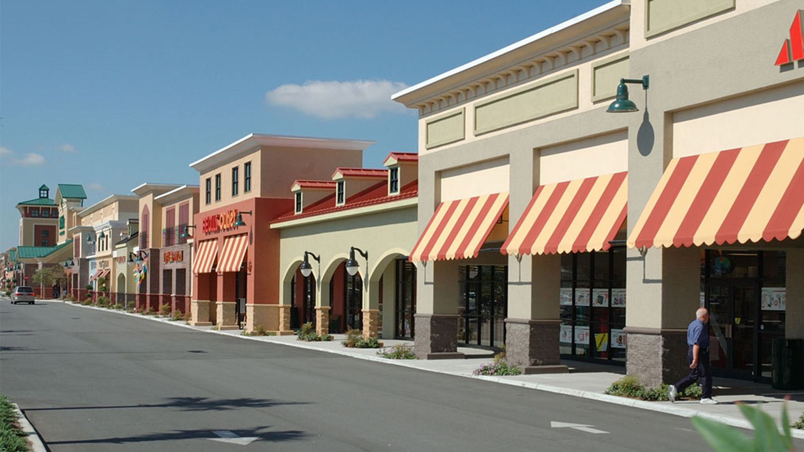Southern Trace Plaza At The Villages Fl Designed By Api Architecture Commercial Architecture Post Modern Architecture