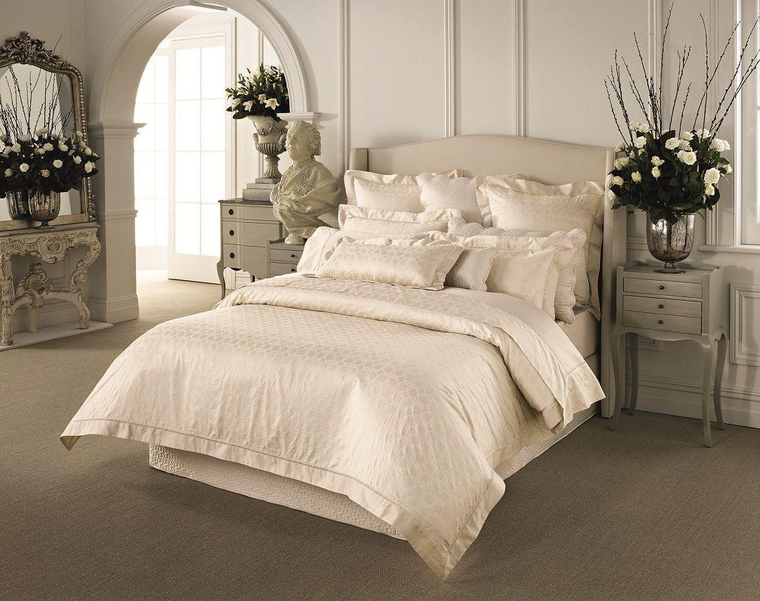 Hampton in Elegant Linen - Husk Driftwood with Sheridan bedlinen