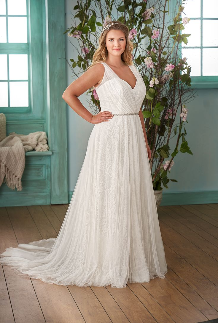 Plus Size Jasmine Collection Strapless lace wedding
