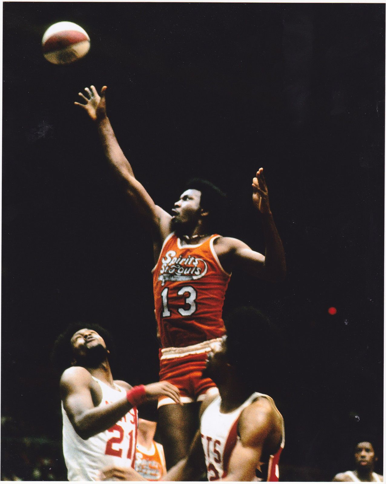 MOSES MALONE SPIRITS OF ST. LOUIS ABA VINTAGE COLOR 8x10 PHOTO ... 89f6cfa6a