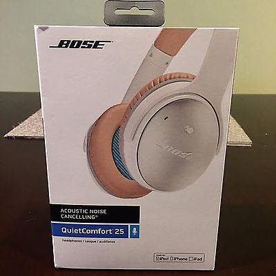 MINT Bose QuietComfort 25 Acoustic Noise-Cancelling Headphones - White & Blue https://t.co/R7iyZhUfRC https://t.co/nKIwqT5GPA