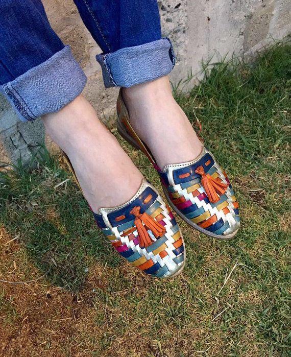 ff39041611edd4 Ginas Motas de Piel - Mexican Huaraches - Huaraches Mexicanos - Shoes -  Vintage - Leather