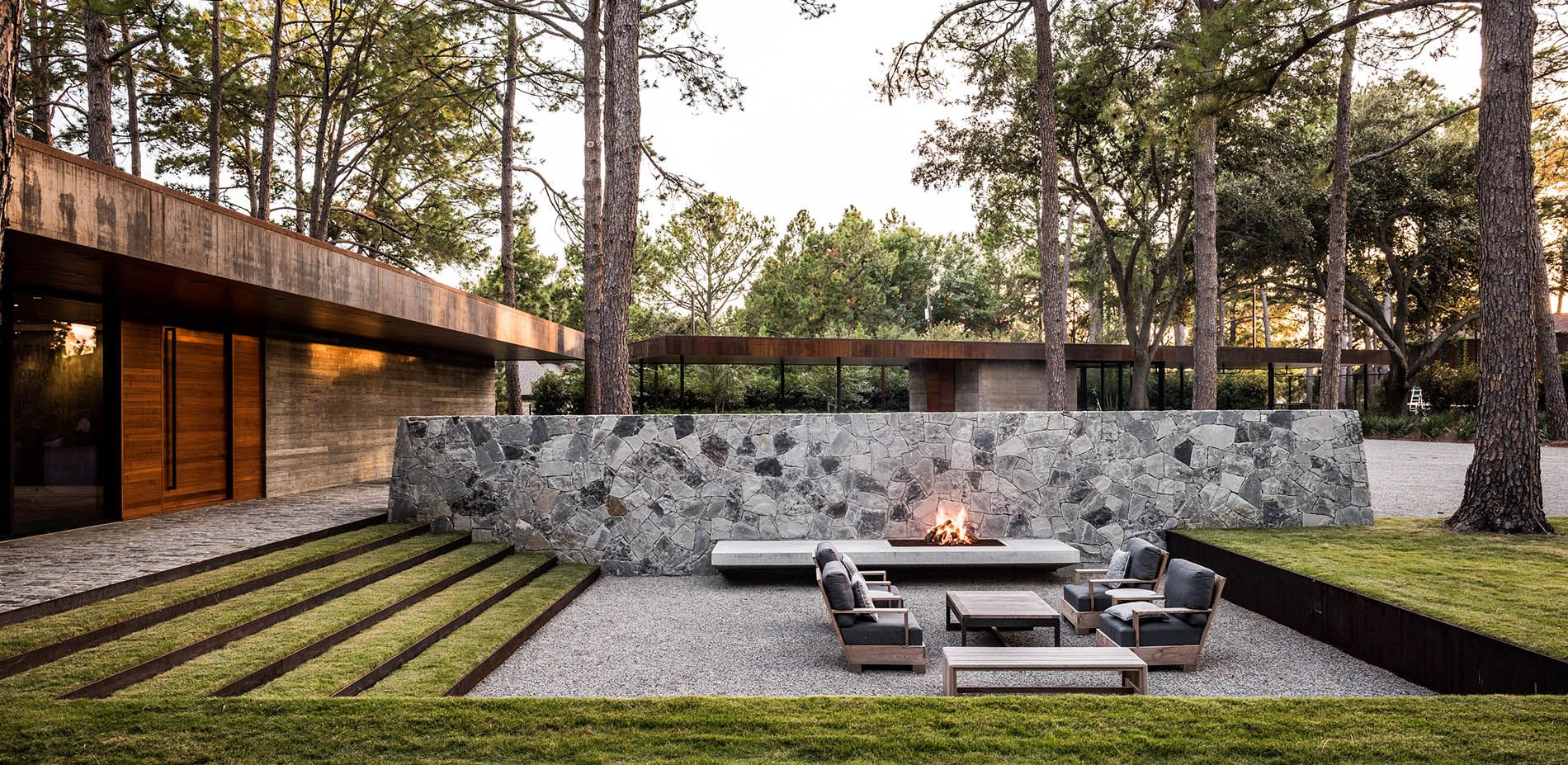 Sunken courtyard with fireplace gardens pinterest for Courtyard landscape design