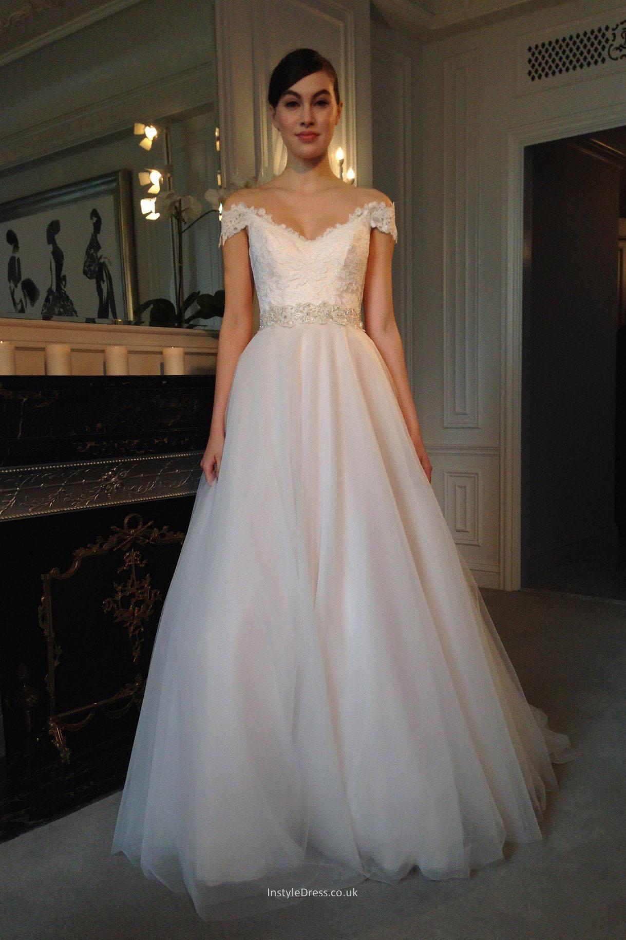 Elegant Off The Shoulder Lace Applique Tulle A Line Wedding Dress