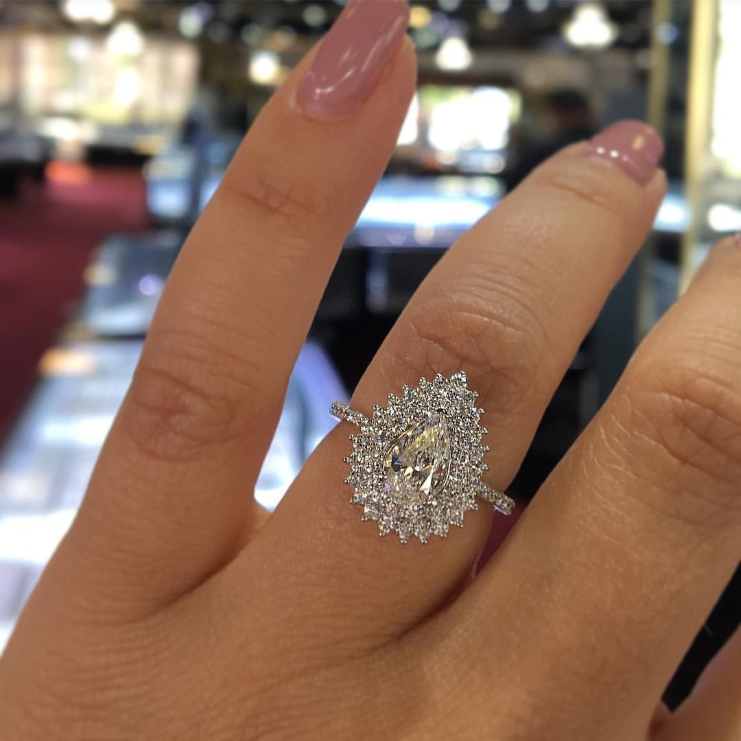Pin By Rhiannin Hamer On Jewelry Engagement Rings