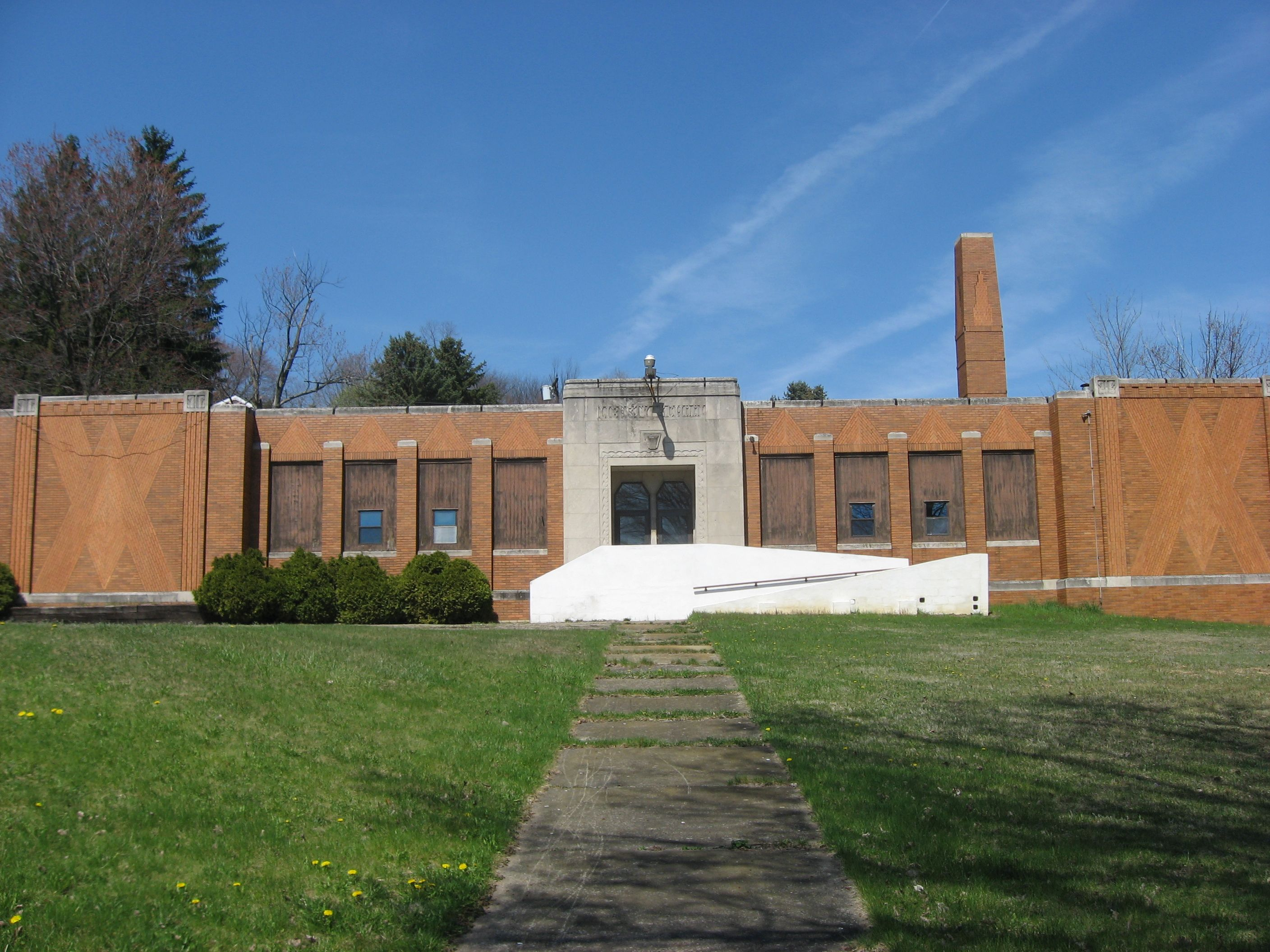 Former Liberty School in central West Mayfield Beaver Falls PA