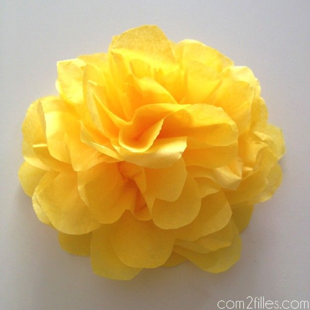 diy de jolies fleurs en papier de soie papier de soie fleurs en papier et soie. Black Bedroom Furniture Sets. Home Design Ideas