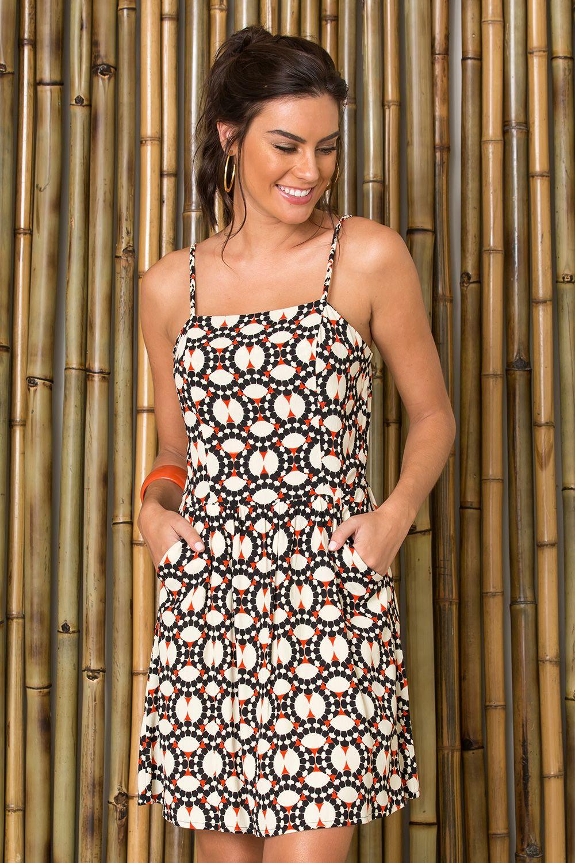 41504ba12 O melhor da moda feminina carioca: vestidos, saias, calças, macacão lisos e  estampados. Sua loja de roupas online. Entre e confira!