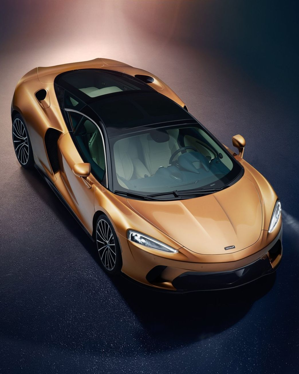The MAN #McLaren #GT #supercar #luxury