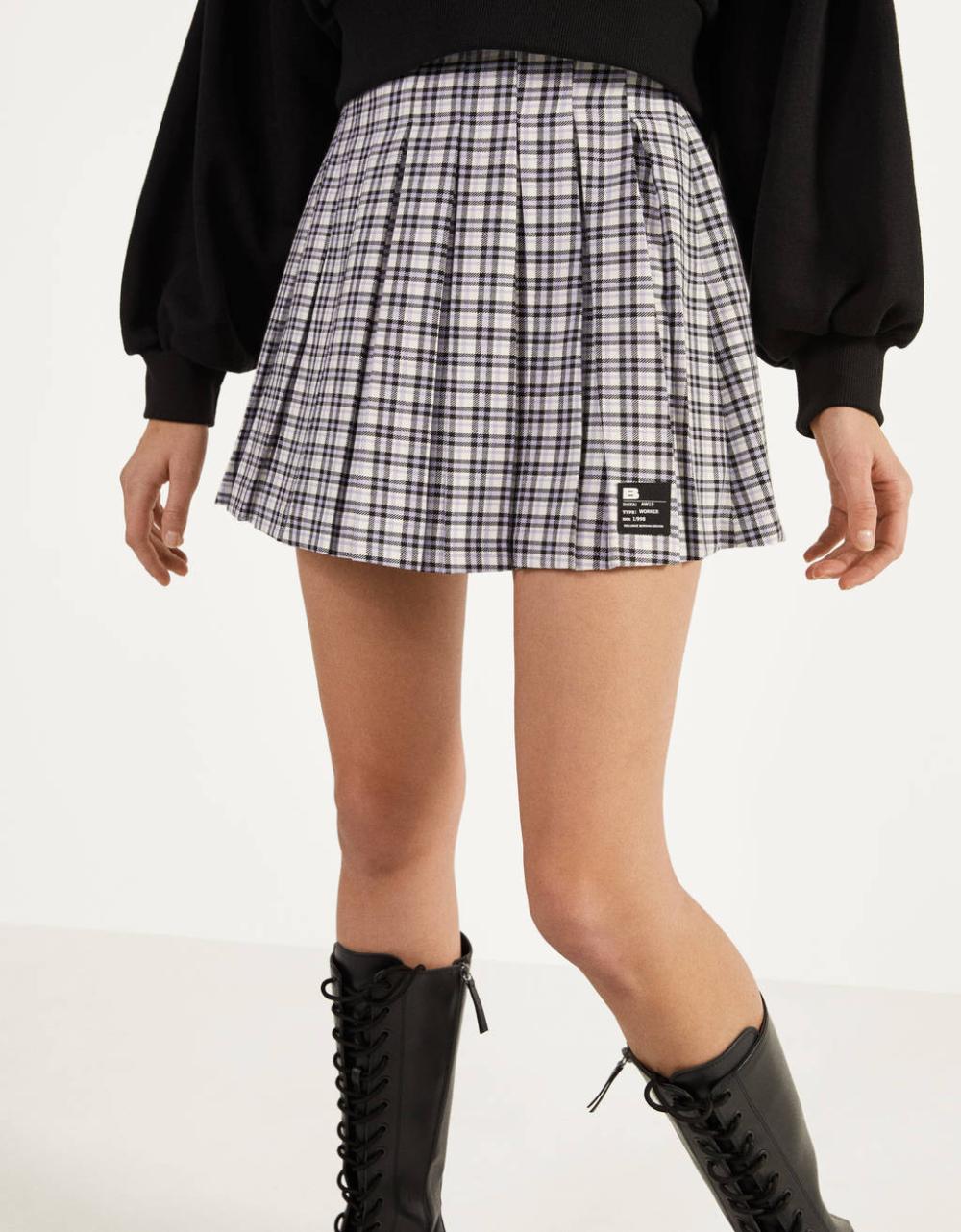 Pleated Mini Skirt Skirts Bershka United States In 2020 Mini Skirts Pleated Mini Skirt Pleated Mini Skirt Outfit