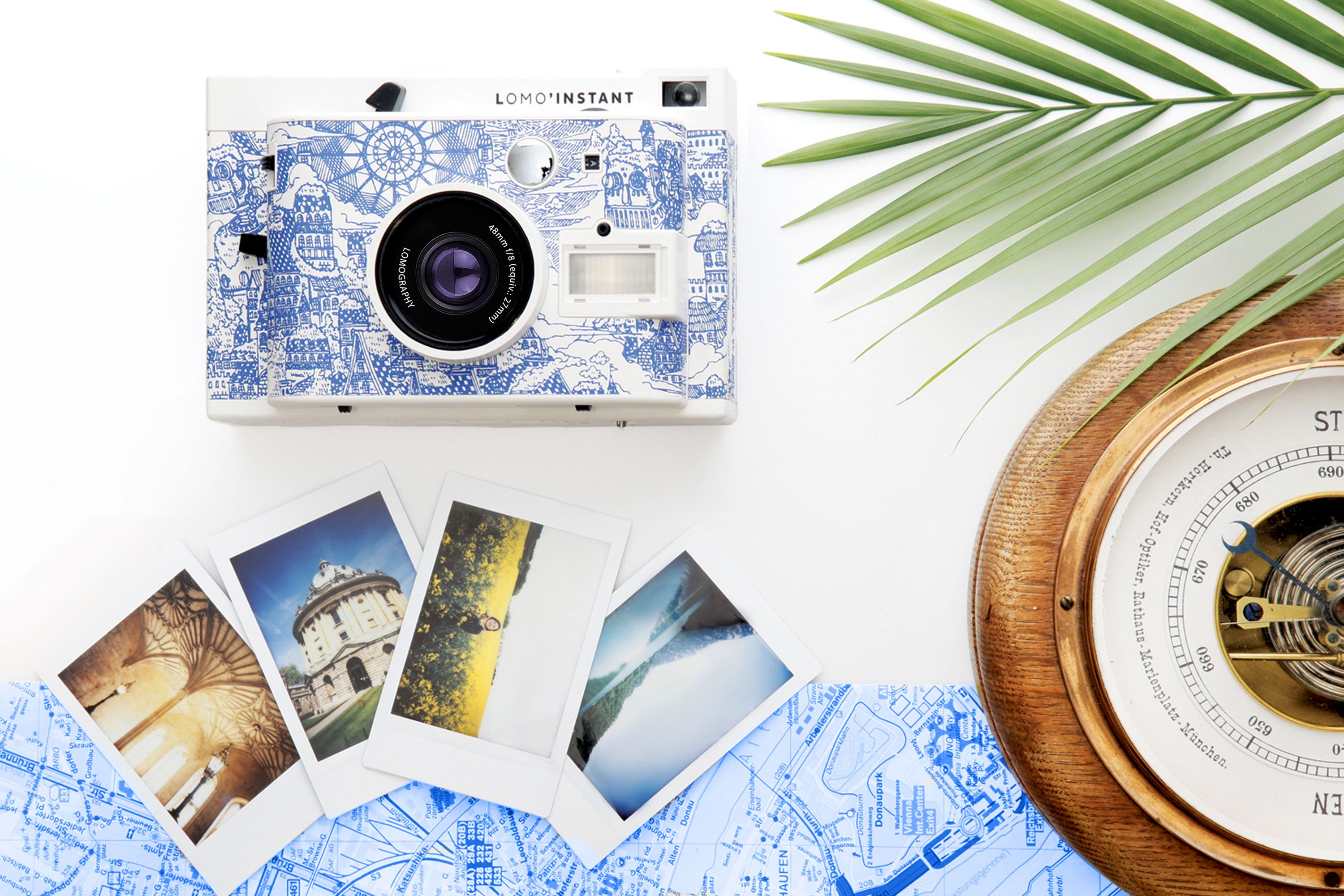 b329f40b6c91 Let your mind wander through wonderland with the new Lomo Instant Explorer