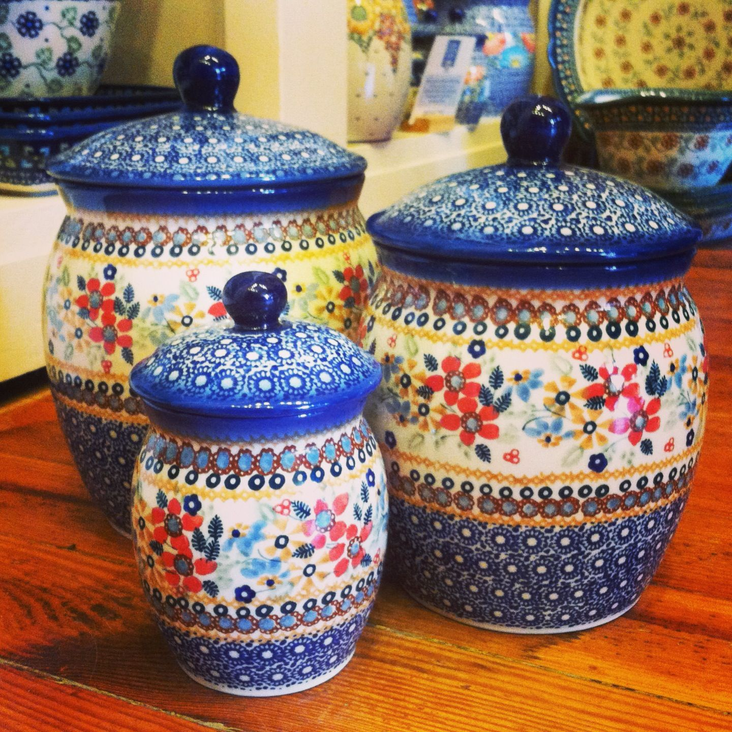 where to buy kitchen canisters i keep finding more and more polish pottery to drool over love this canister set i have just 1465