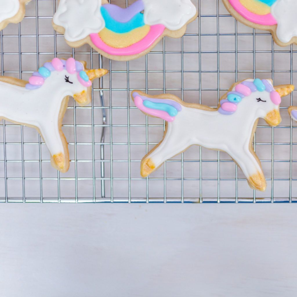 9 mistakes everyone makes with royal icing sugar cookie