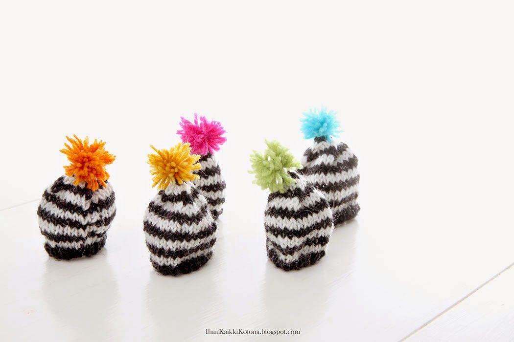 mini egg hats - Ihan Kaikki Kotona