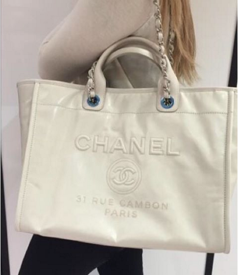 37dc9ed4e642 Chanel Ivory Leather Deauville Tote Bag 7 | Purses | Tote Bag, Bags ...