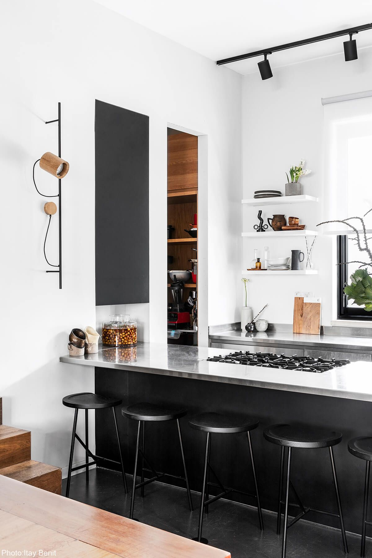 240sqm house tel aviv with images black kitchen table black kitchens modern black kitchen on kitchen interior table id=16677